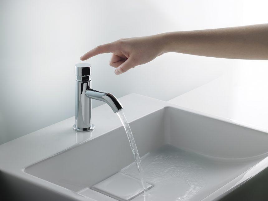Productos de menor contacto para baños y cocinas