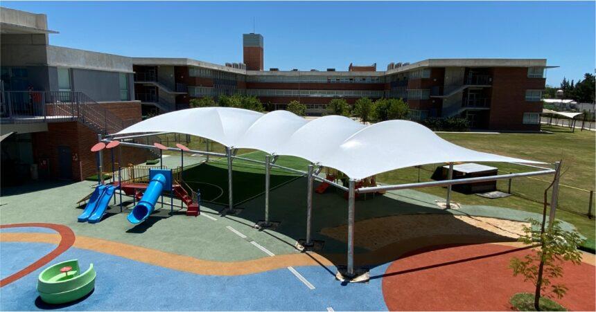 Cubierta tensada en el Colegio San Andrés, Campus San Fernando