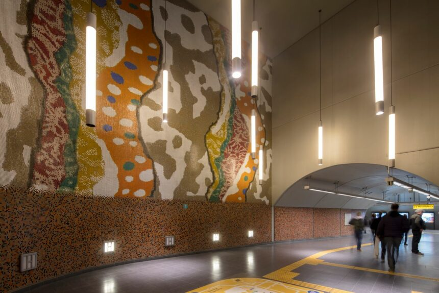 Los mosaicos de Murvi en estación Las Heras