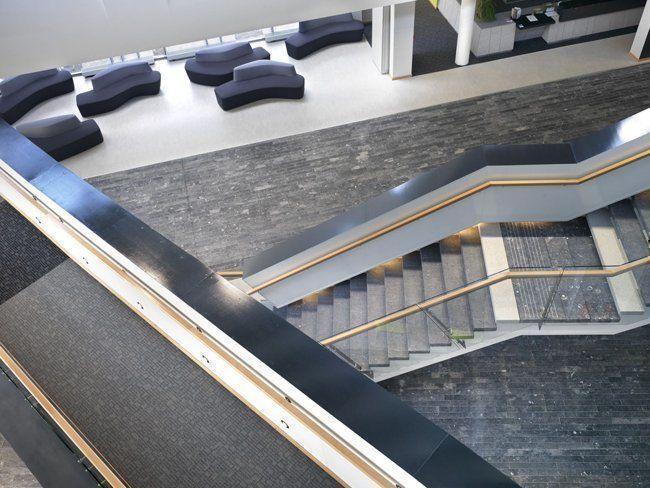 Escalera, Oficinas cívicas para Clare County Council, Irlanda
