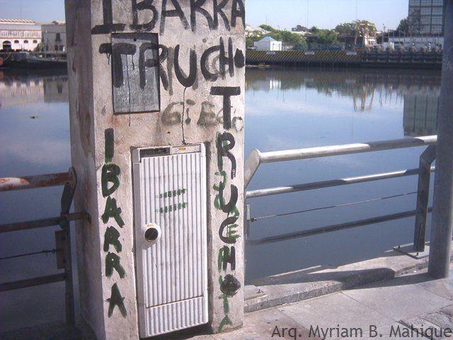 Manifestaciones urbanas en el Riachuelo. Archivo personal de la autora