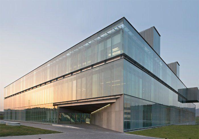 Edificio de oficinas de gamesa e lica arqa for Edificio oficinas