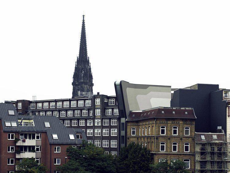 Backside View, Katharinenfleet, facade towards Hafencity