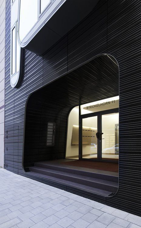 Main Entrance, Steckelhörn