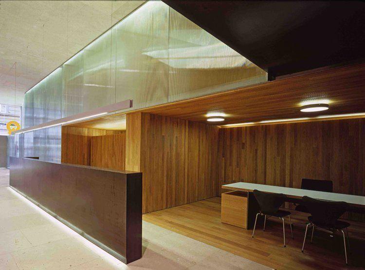 Arqa oficina caja de arquitectos en pamplona espa a for Oficinas caja duero madrid