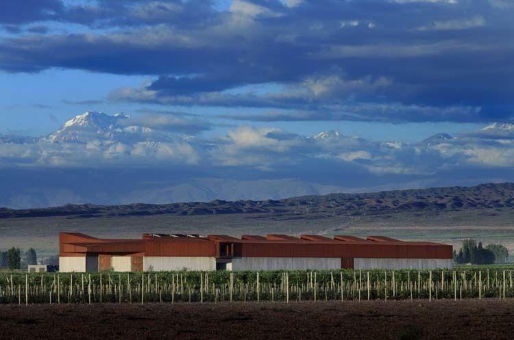 Fachada Norte - fotografía de Claudio Manzoni