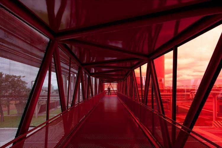 Footbridge perspective