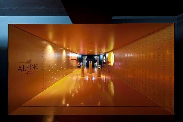 Interior promenade perspective. Alpino area