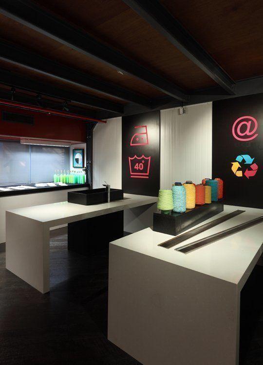 Laboratorio de un dise ador textil espacio 35 casa foa - Disenador de espacios ...