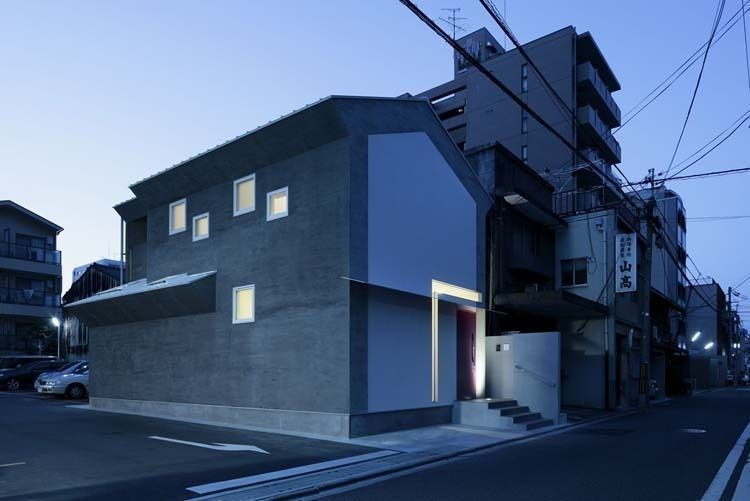 Photo by Koichi Torimura