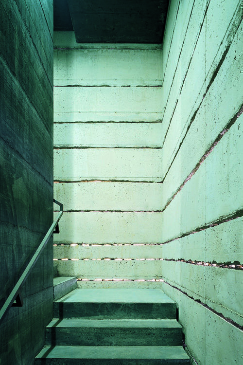 Interior detail of the stairs of the new tower (René Riller)