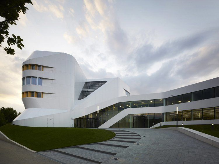 Centre for Virtual Engineering in Stuttgart, Germany