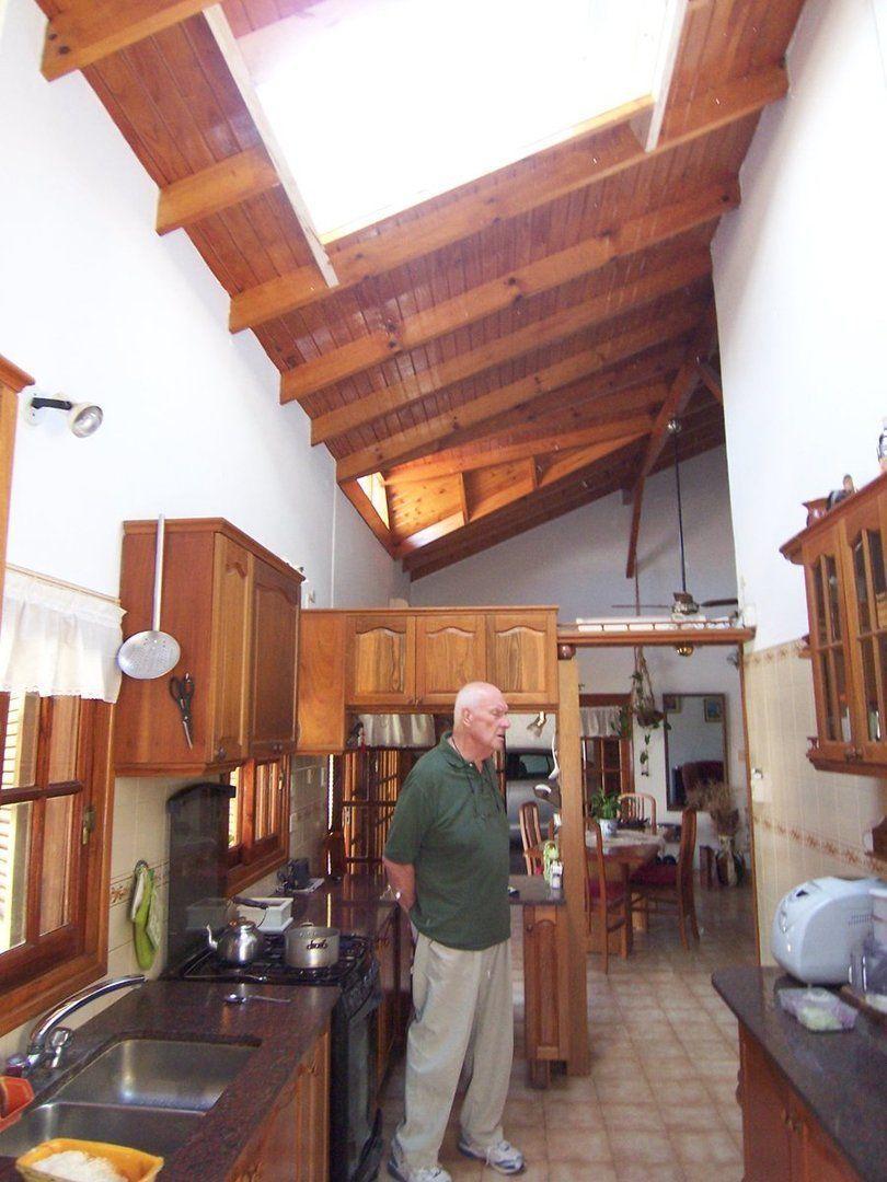 Arqa f cil instalaci n de ventanas para techos for Como hacer tejados de madera
