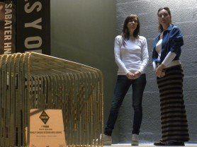 ARQA - Primer Premio Bancos Urbanos Casa FOA 2012