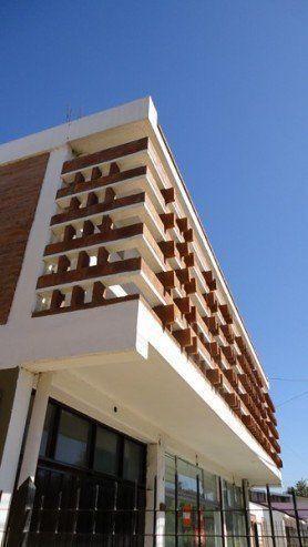 ARQA - Arquitectura Argentina; Parasol de ladrillo, en Córdoba