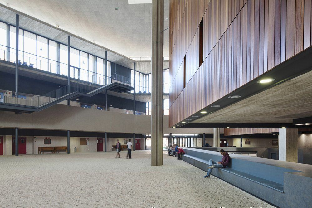 Gc5ckqr campus mar a zambrano traditional cache in - Biblioteca publica de segovia ...