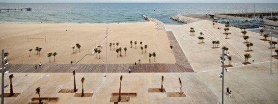 ARQA - Passeig marítim de Badalona. Badalona, Barcelona