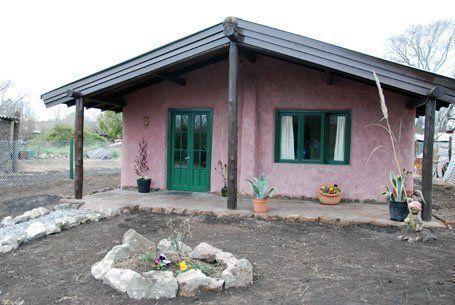 ARQA - El municipio de Ayachuco aprobó la construcción de casas de barro