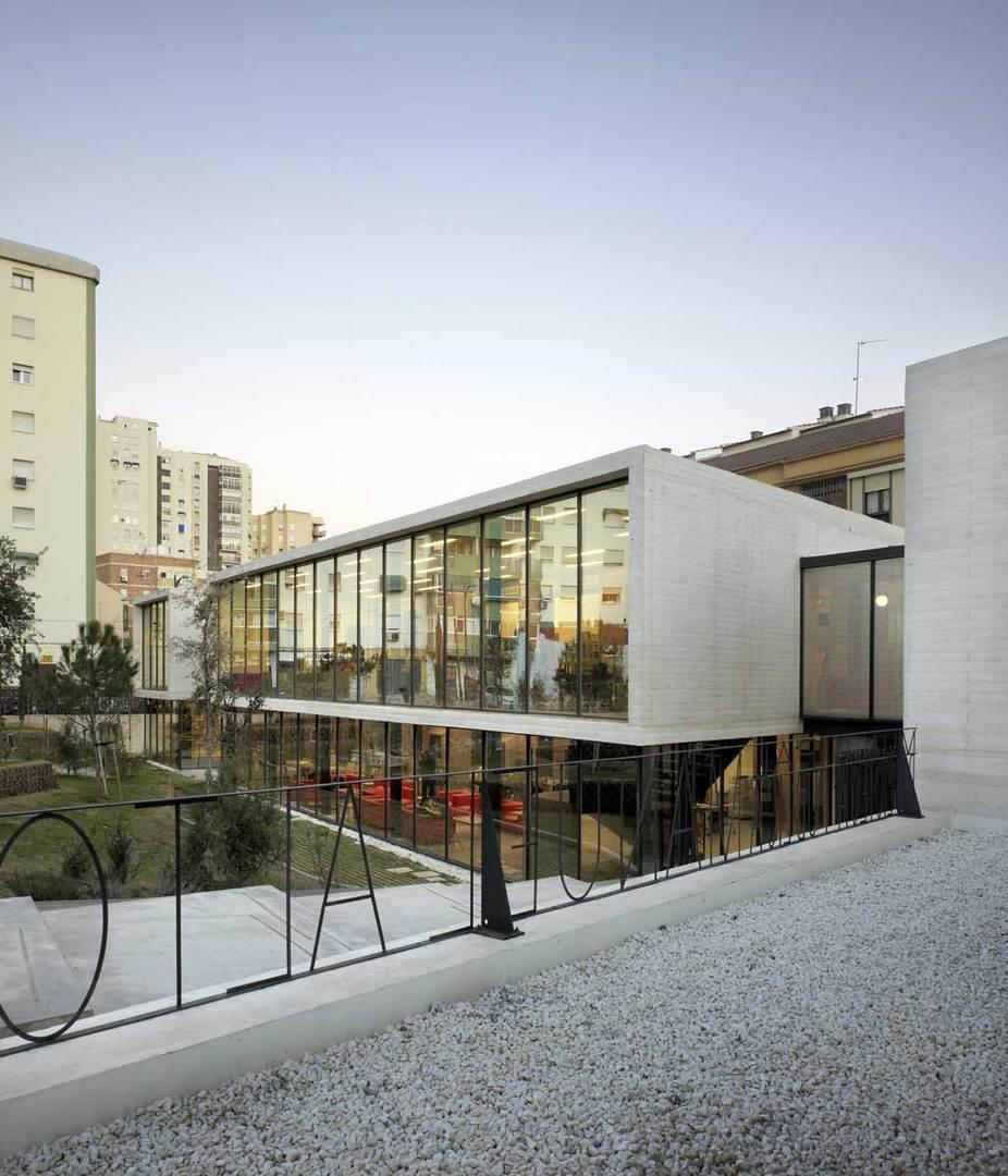Biblioteca manuel altolaguirre en m laga espa a arqa for Biblioteca arquitectura