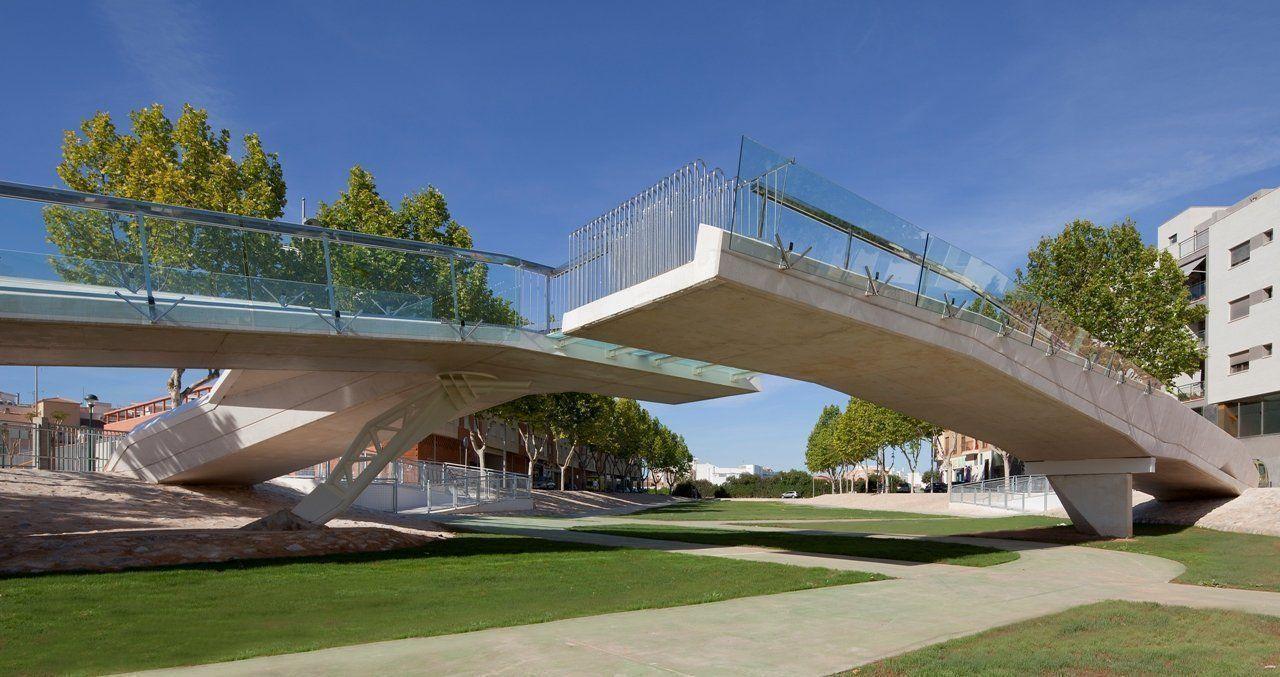 """""""Kiss Bridge"""", El Puente del Beso recibe un premio internacional"""