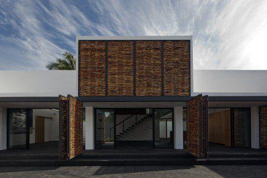Casa Estudio en el mar Chapálico, en México