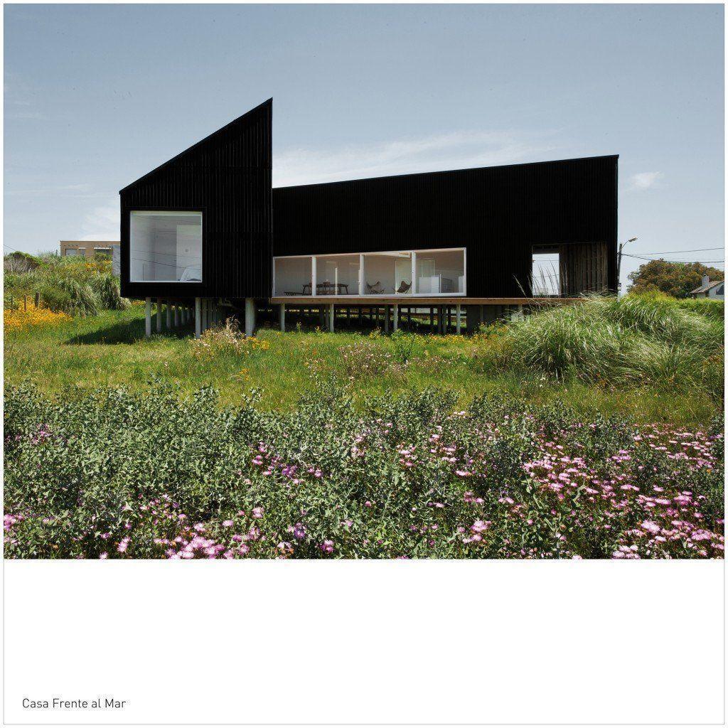Casa frente al mar arqa for Casa moderna frente al mar