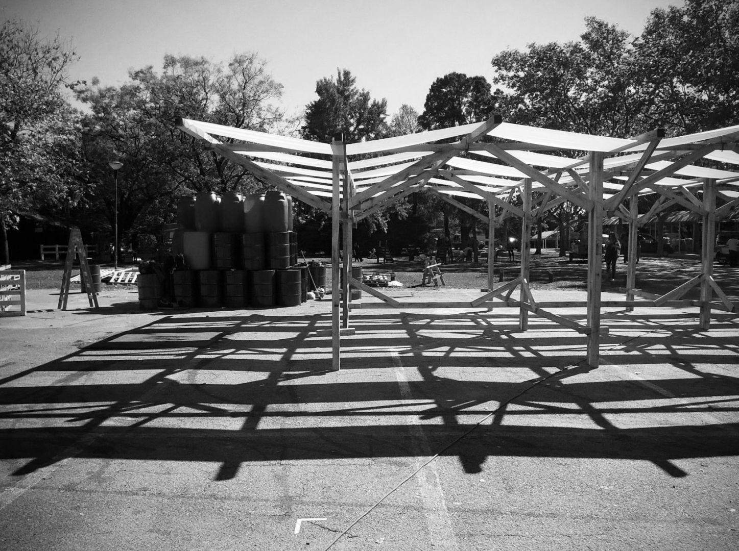 Pabell n temporario de madera en expo bio 2015 arqa for Pabellones arquitectura efimera