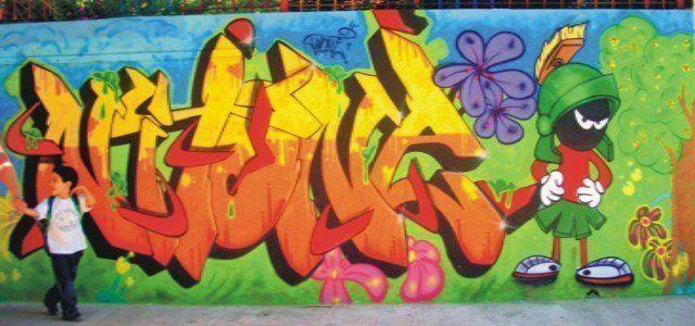Los-graffitis-ganan-la-calle-02-de-NITO