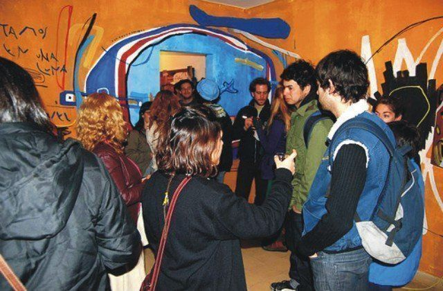 Los-graffitis-ganan-la-calle-05-de-PELOS-DE-PLUMA