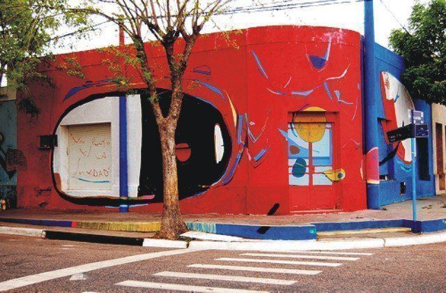 Los-graffitis-ganan-la-calle-06-de-PELOS-DE-PLUMA