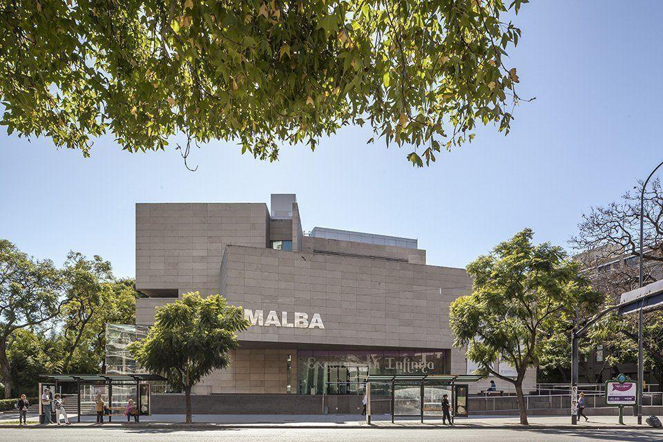 Recorrido por las obras de arquitectura moderna del Barrio del MALBA