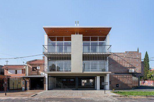 Edificio en calle Seguí