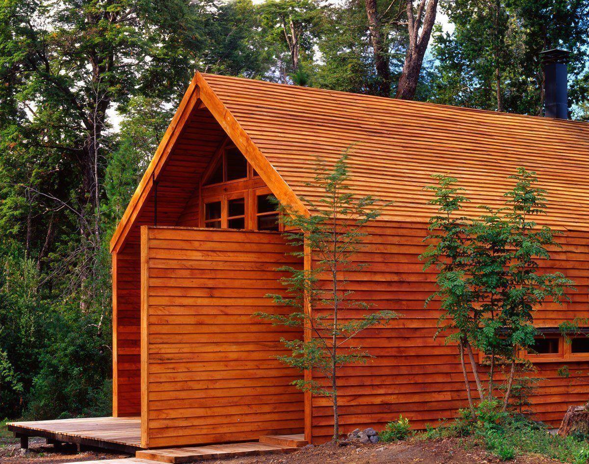 Casa granero arqa for Galpon de madera para jardin