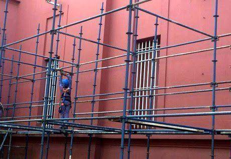 Técnicos del INTI lograron identificar el color original que tenía el edificio, a partir de muestras de pintura tomadas de su fachada. (Foto: Ministerio de Cultura)