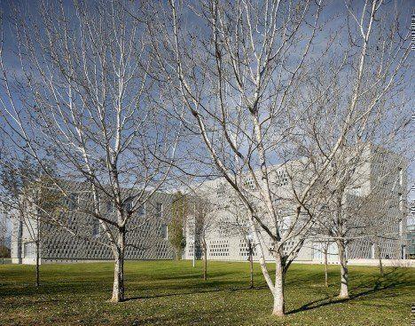 Campus-Universitario-en-Tortosa-468x367