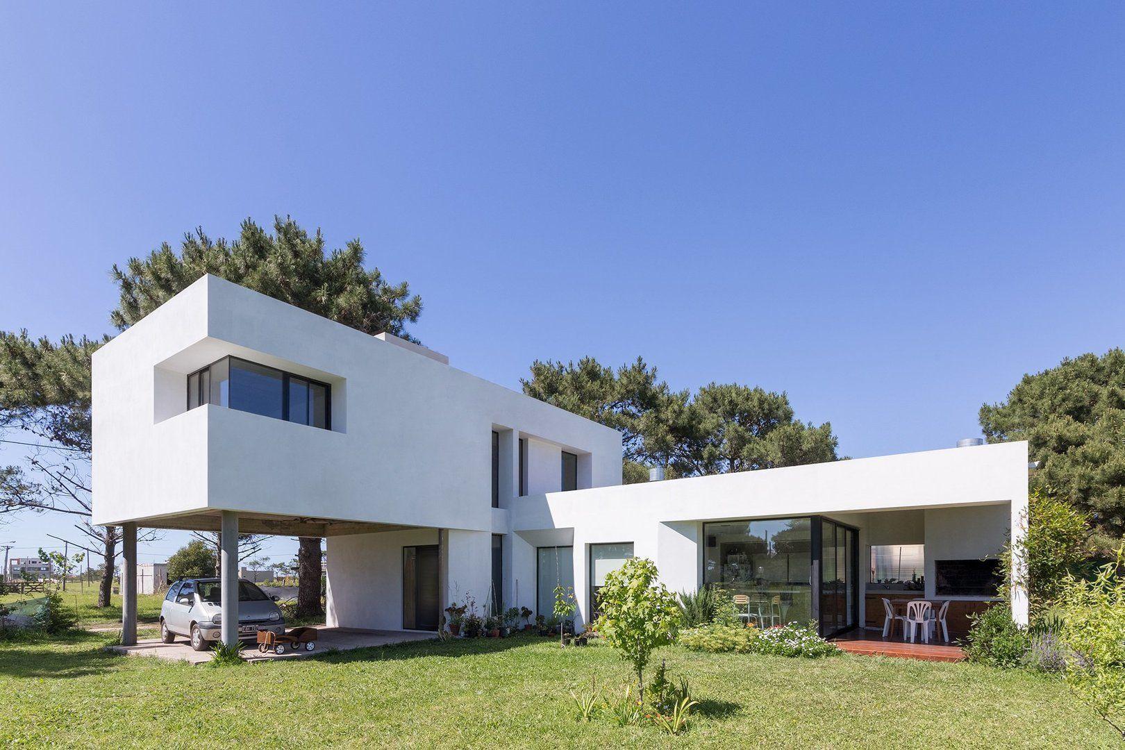 Casa lucerna arqa for Viviendas minimalistas
