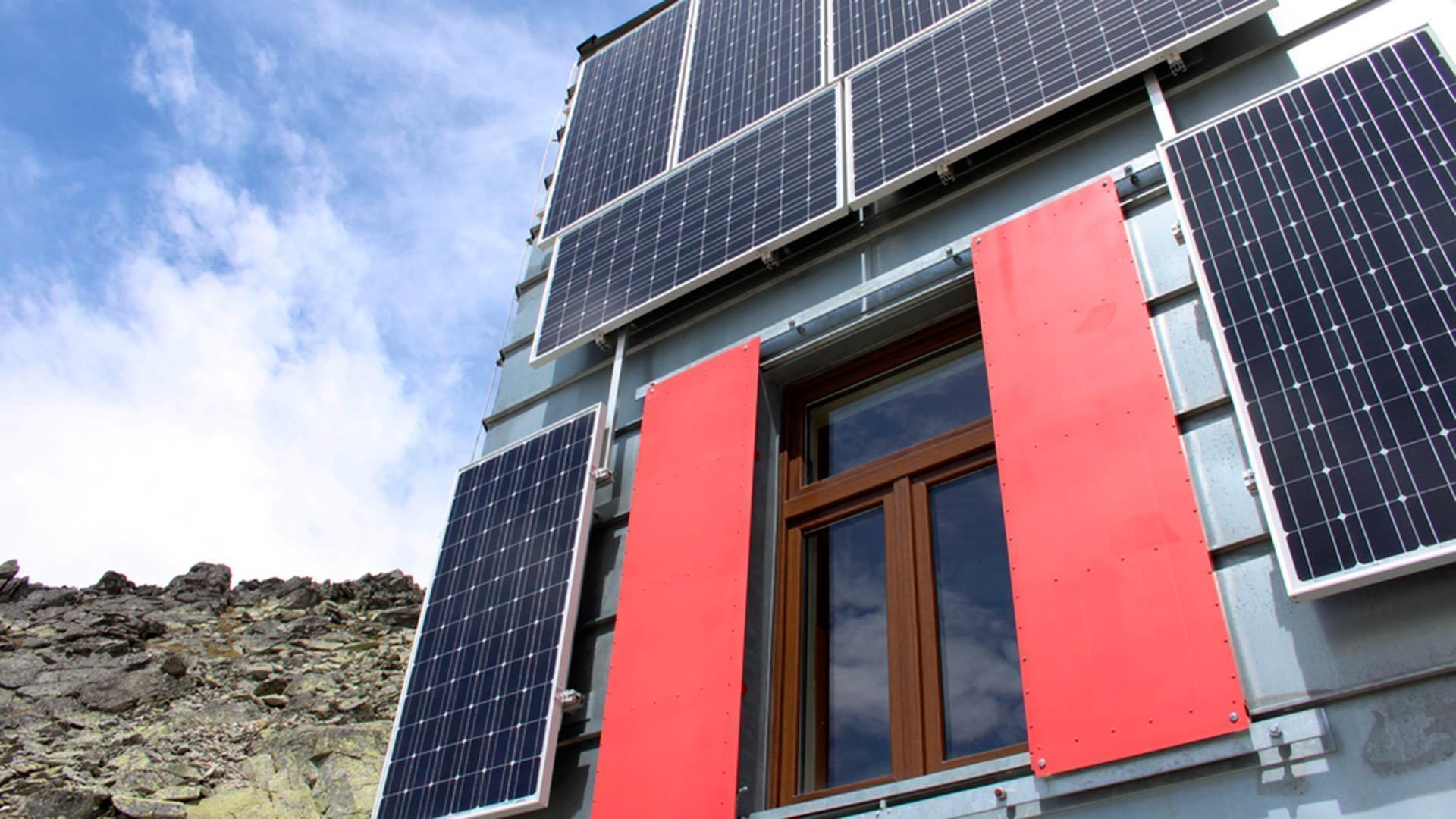 Conferencia: Energía Solar Fotovoltaica en La Casa Uruguaya