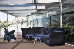 Sofa: Standard by Francesco Binfaré – Edra. Armchair: Getsuen by Masanori Umeda – Edra. Tables: Brasilia by fernando e Humberto Campana - Edra