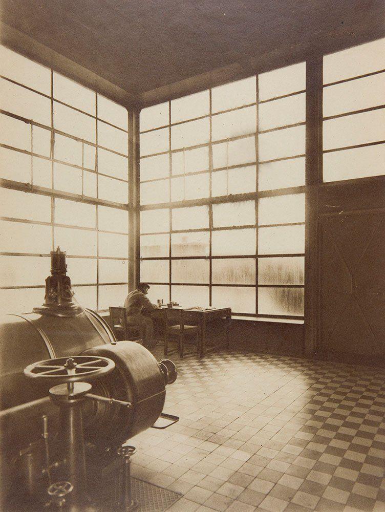 el-trabajador-y-la-luz-%c2%b7-edmund-lill-central-electrica-de-la-fabrica-fagus-1923-harvard-art-museums