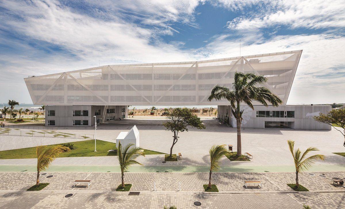 Intervenci n urbana playa las palmas y edificio for Arquitectura y diseno las palmas