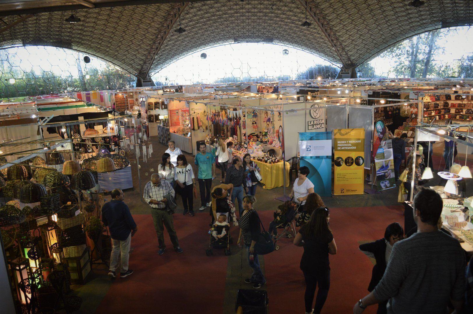 36ª Feria Internacional de Artesanías – ARQA