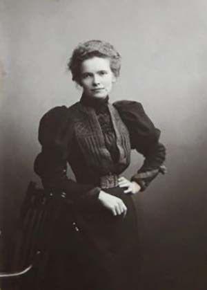 Clotilde Kate Brewster 1874 - 1937   Un día, una arquitecta